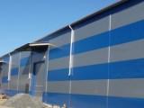 фото здания из металлоконструкций