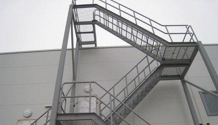 Изготовление пожарных металлических лестниц